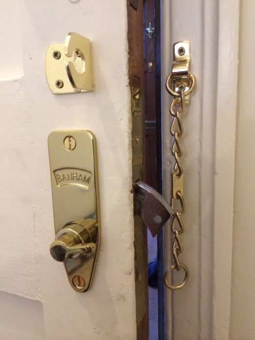 BS2510 Mortice Nightlatch 2 Keys