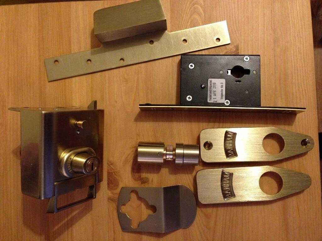 Rim Locks and Mortise Locks