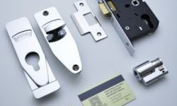 BS2510 Mortice Nightlatch 2 Keys
