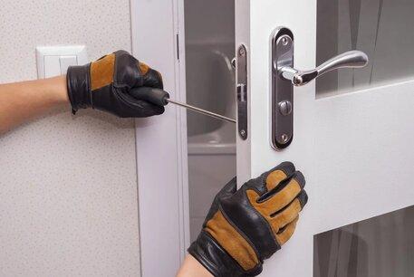New-Door-lock-Installation