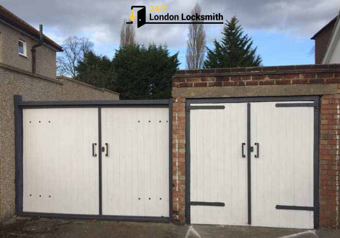 garage doors restauration